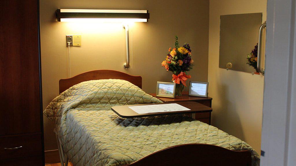 chapin-center-bedroom